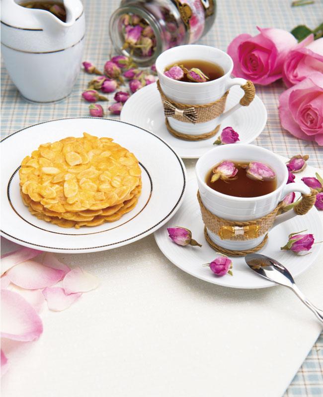 Rose-Tea-in-Spring